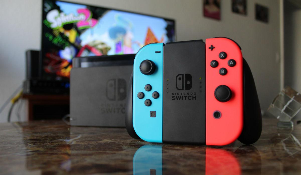 Nintendo está a trabalhar numa nova Switch e vai ser mais pequena e barata