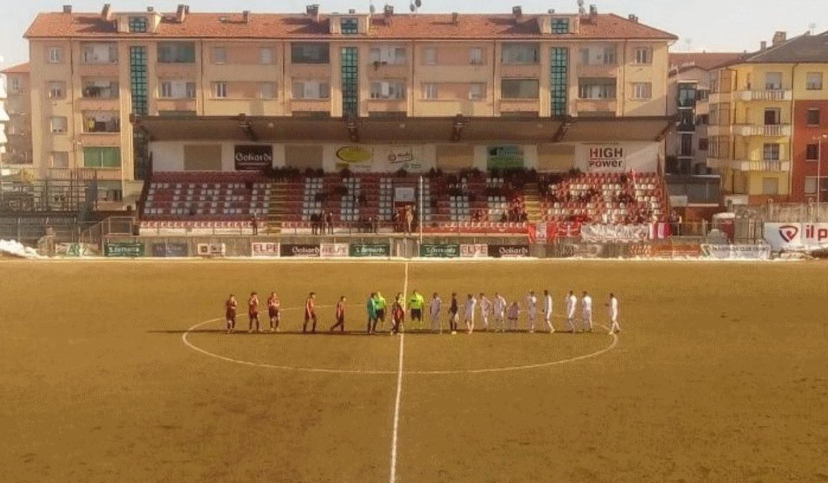 Piacenza entra em campo com seis jogadores e um massagista e perde por 20-0