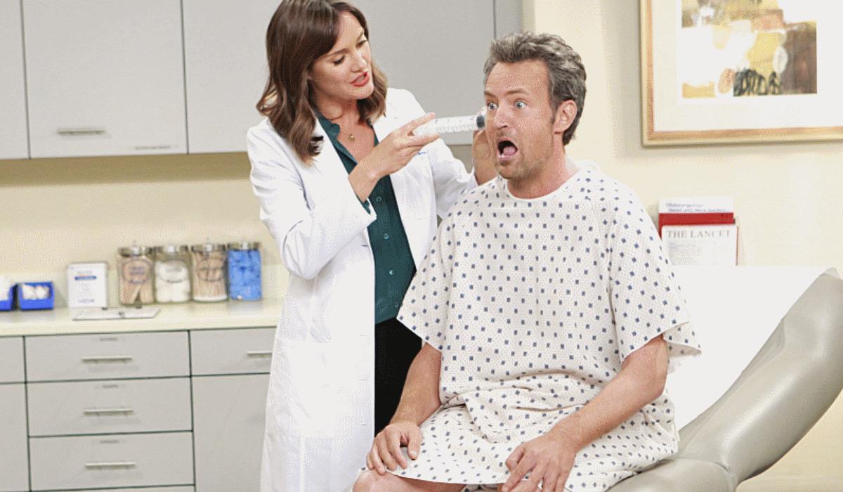 Matthew Perry expulso de clínica de reabilitação por seduzir mulheres