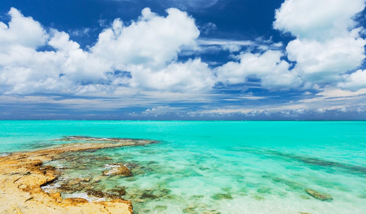 Nas Ilhas Turcas e Caicos, há mais para fazer além de descansar em praias paradisíacas