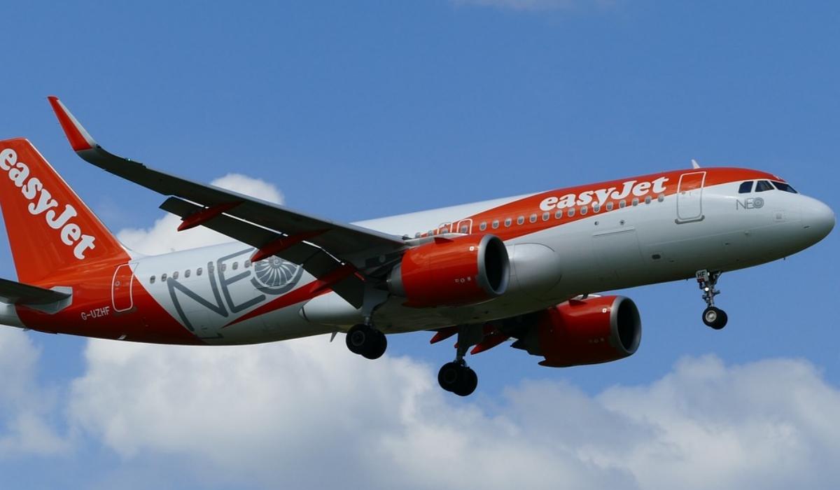 Avião da easyJet abandona passageiros no Porto e segue para Lisboa