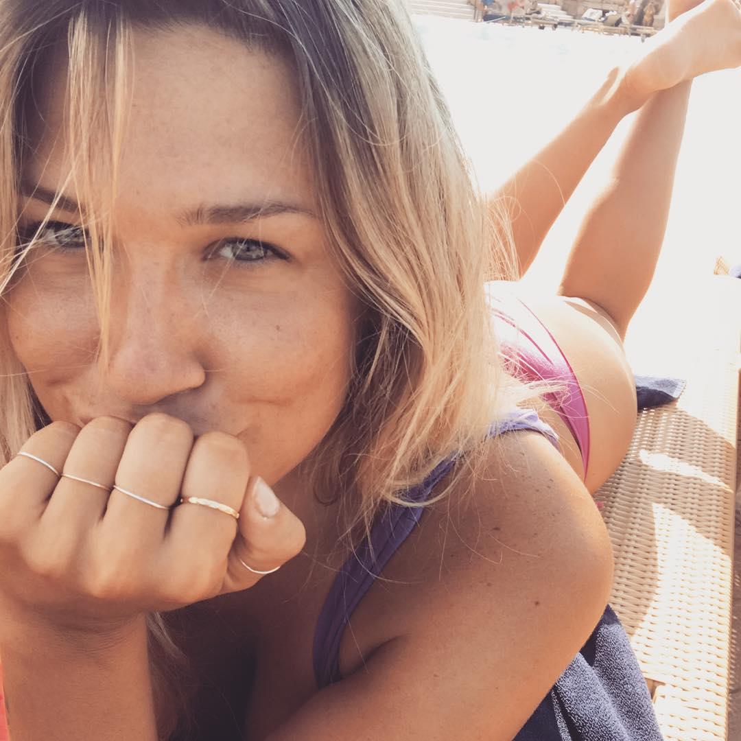 Benedetta Mazza, a mulher que só quer que Dani Osvaldo, ex-jogador do Porto, seja feliz a dançar