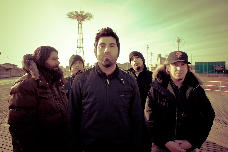 4 anos depois, Deftones apresentam novo álbum
