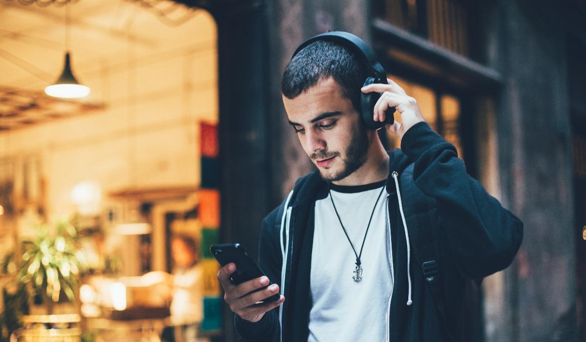 10 auscultadores de qualidade para ouvir música em qualquer lugar