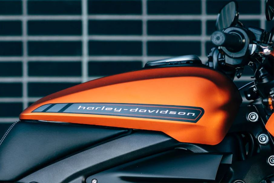 Milhares de motos Harley-Davidson preparam-se para invadir Cascais