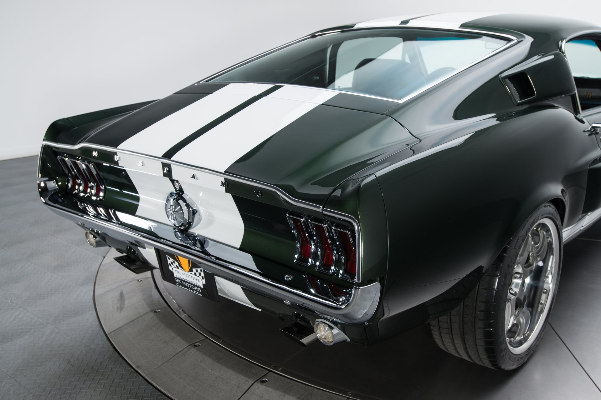 Mustang do filme Tokyo Drift vendido por 160 mil euros