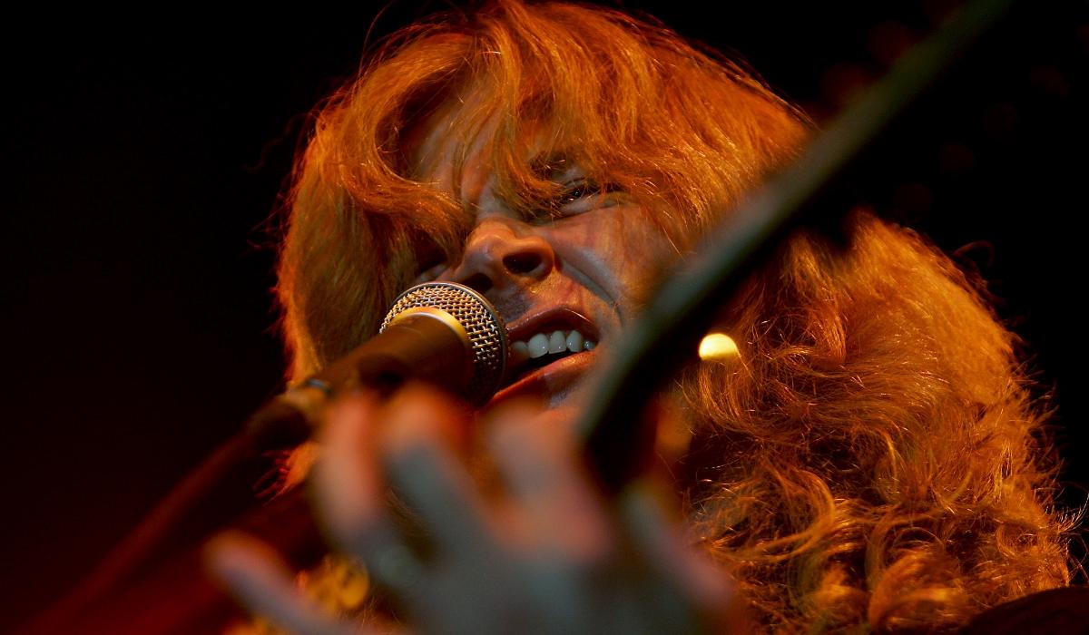 Cancro de Dave Mustaine, vocalista dos Megadeth, origina onda de apoio dos nomes grandes da música