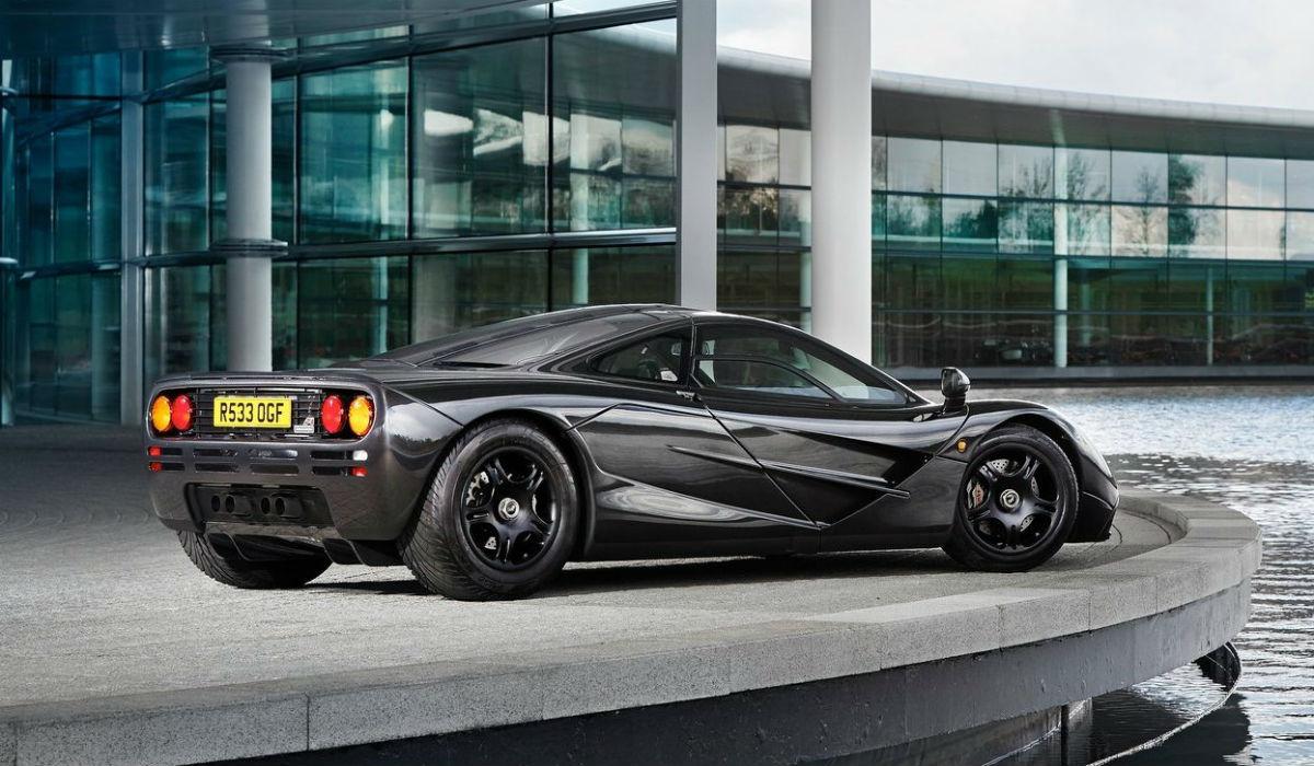 O T.50 é o sucessor espiritual do McLaren F1 e do Brabham BT46B