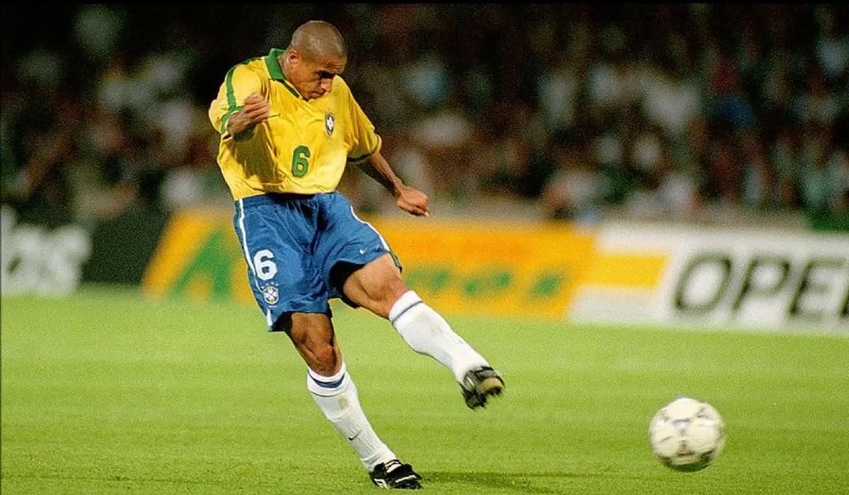 Roberto Carlos marcou o melhor livre de sempre há 22 anos