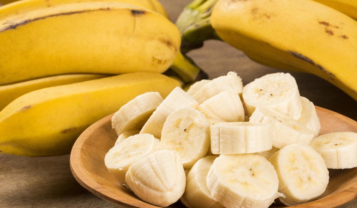 Segredo para emagrecer é comer banana de manhã