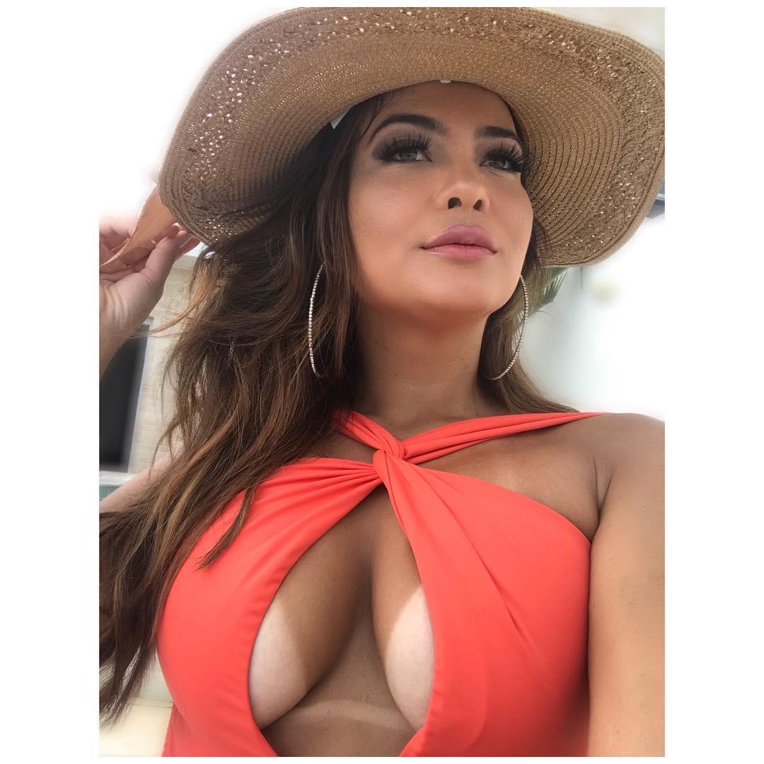 Geisy Arruda e o inédito topless em Ibiza depois da confusão em Portugal
