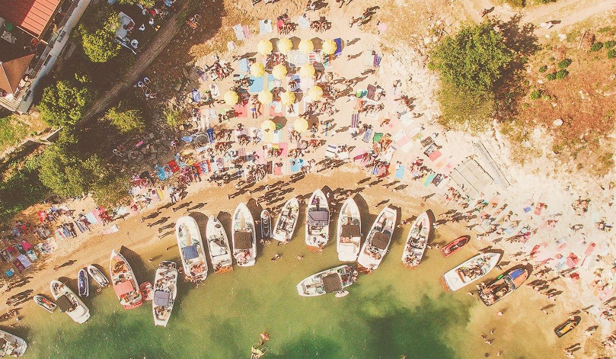 Gerês recebe sunset onde os convidados podem chegar de barco