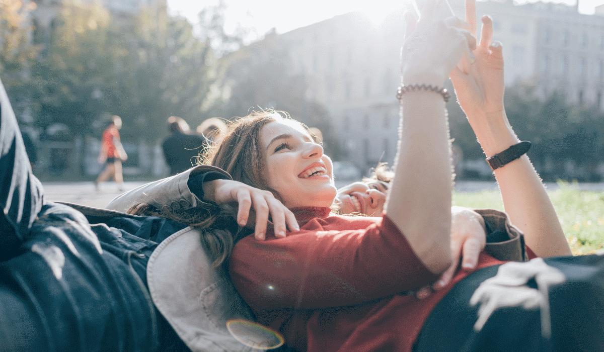 Geração Millennials é aquela que tem menos sexo