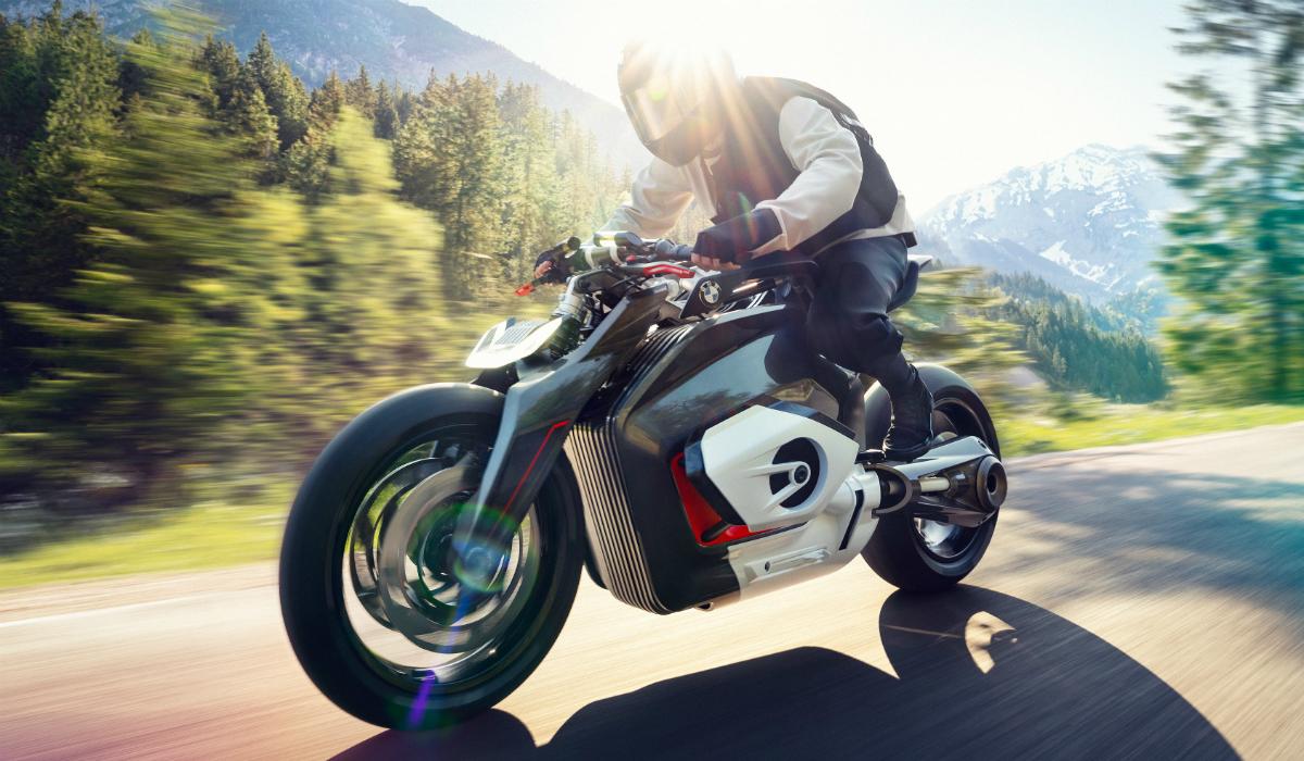 BMW apresenta a primeira moto elétrica da marca