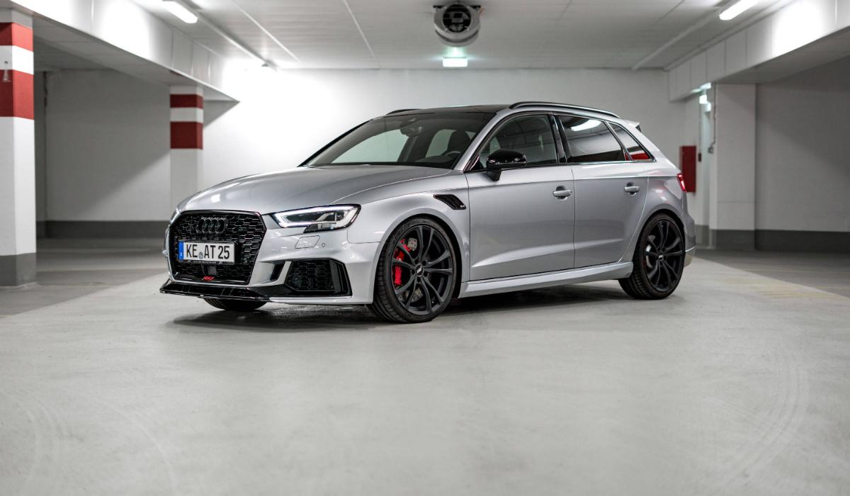 Audi RS3 transformado pela ABT ganha 70 cavalos