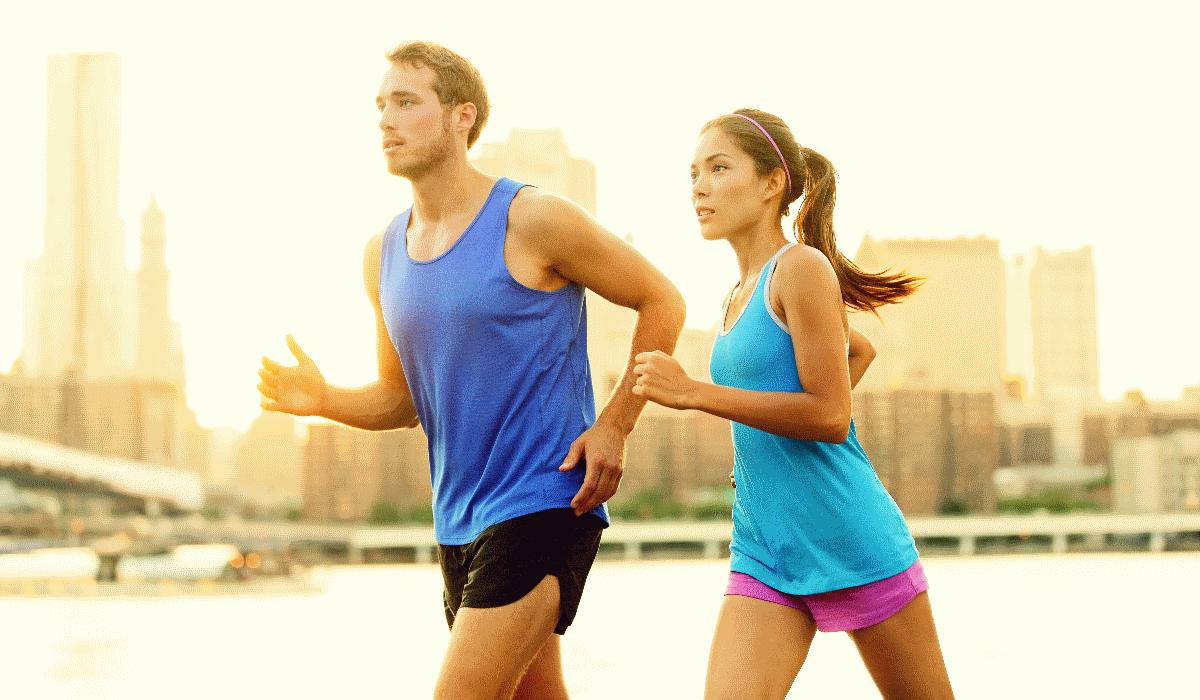 3 coisas de que não se pode esquecer quando praticar desporto ao ar livre com muito calor