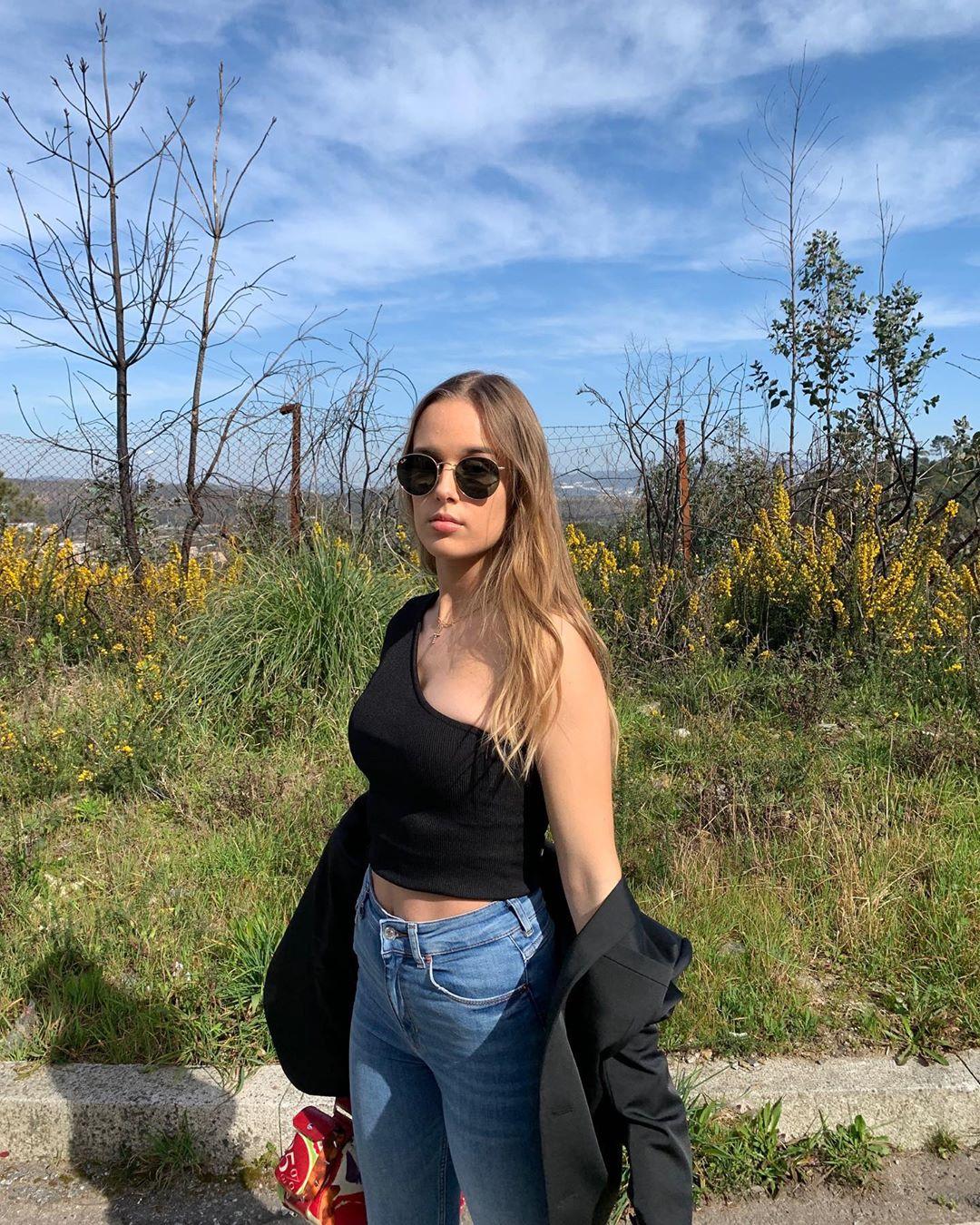 Laura Sofia, de filha de Nuno Gomes a fenómeno nas redes sociais