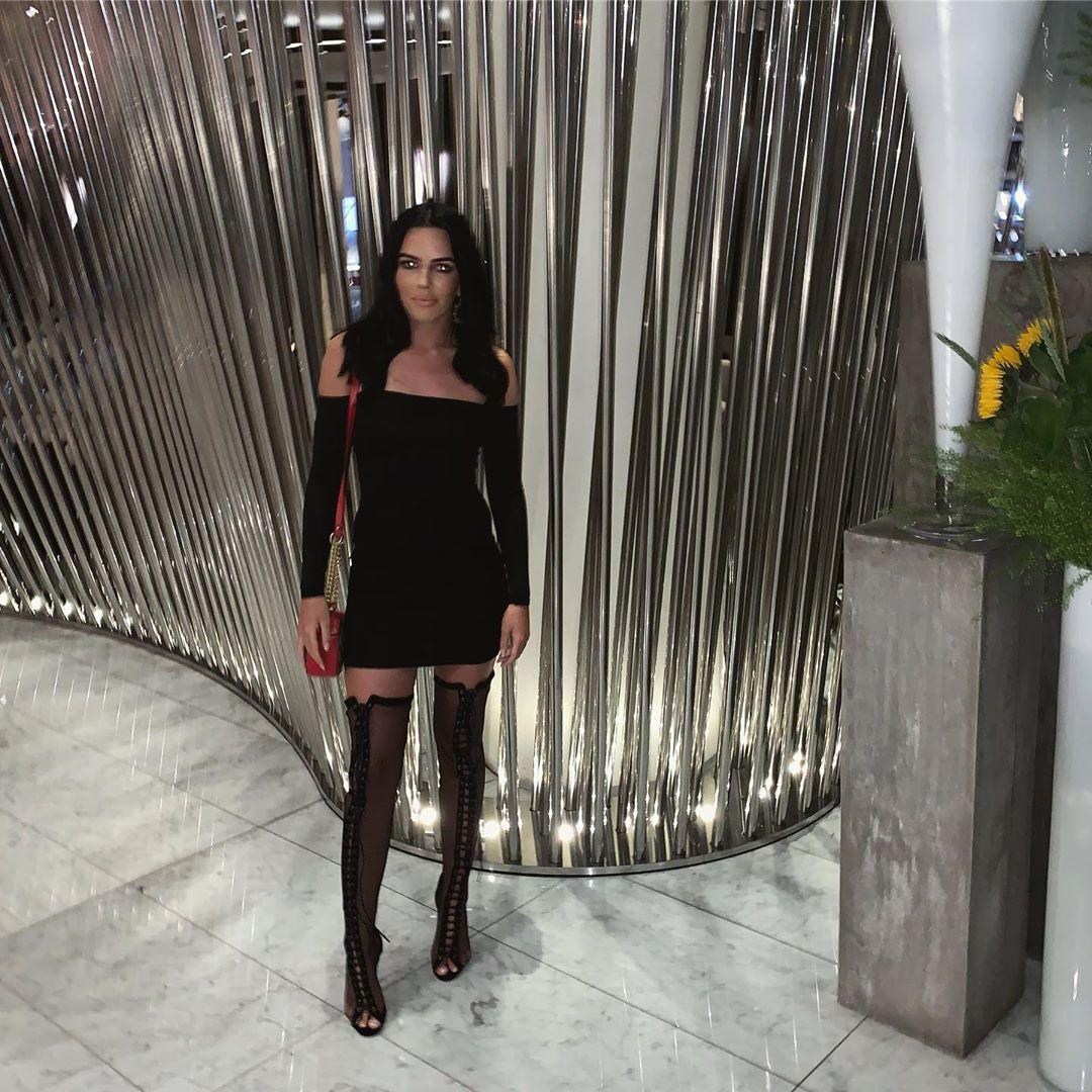 Robyn Delabarre, de stripper a nadadora salvadora que mantém o noivo vivo