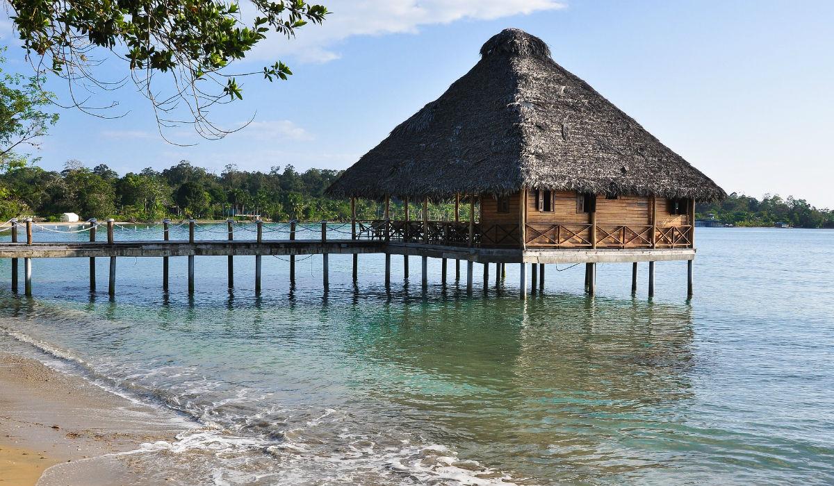 """Bocas del Toro, o Panamá das praias fantásticas é uma """"mini Ibiza"""" de noite"""