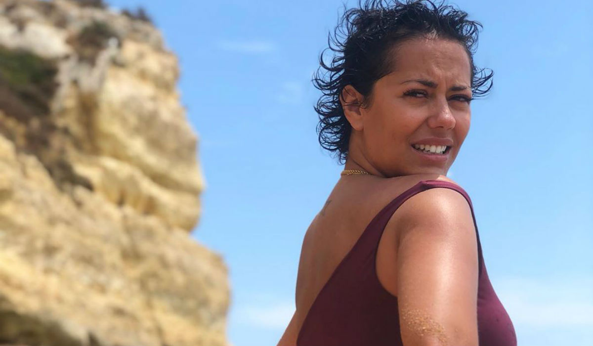 Sofia Ribeiro e o roubo de uvas em topless