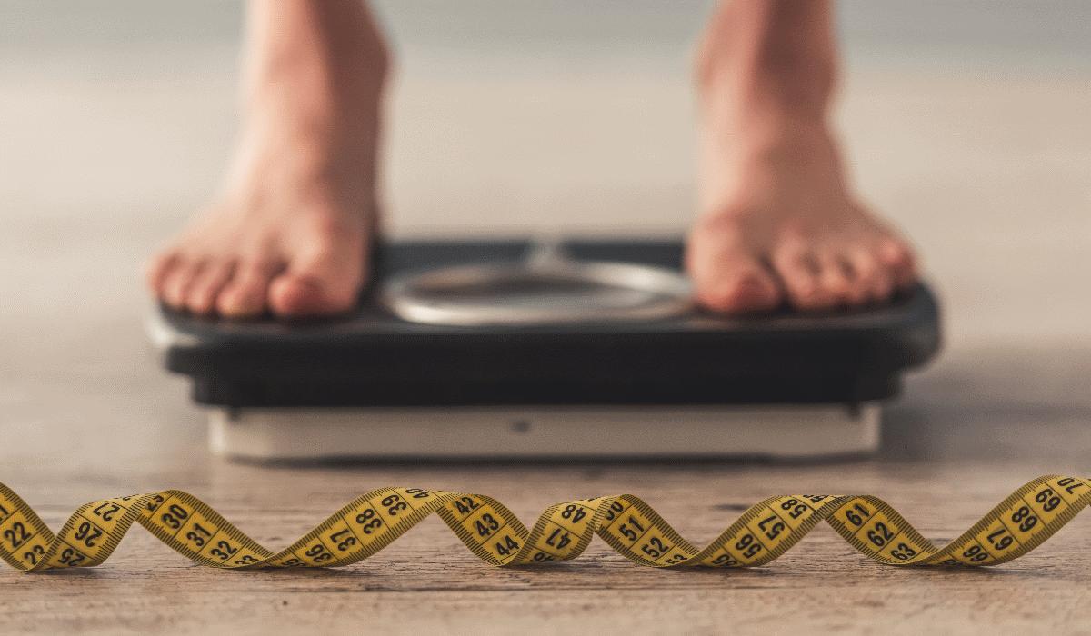 Dietas intensivas: quantos quilos é que se consegue perder num mês?
