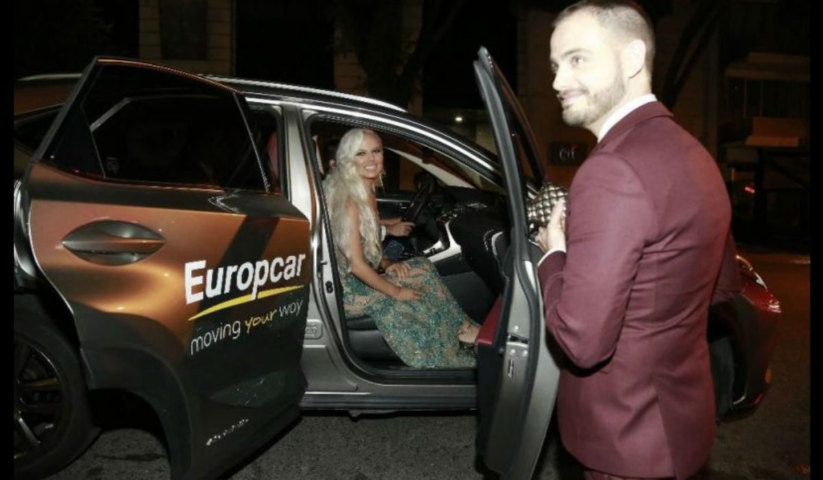Famosos chegam à gala do ano em automóveis da Europcar