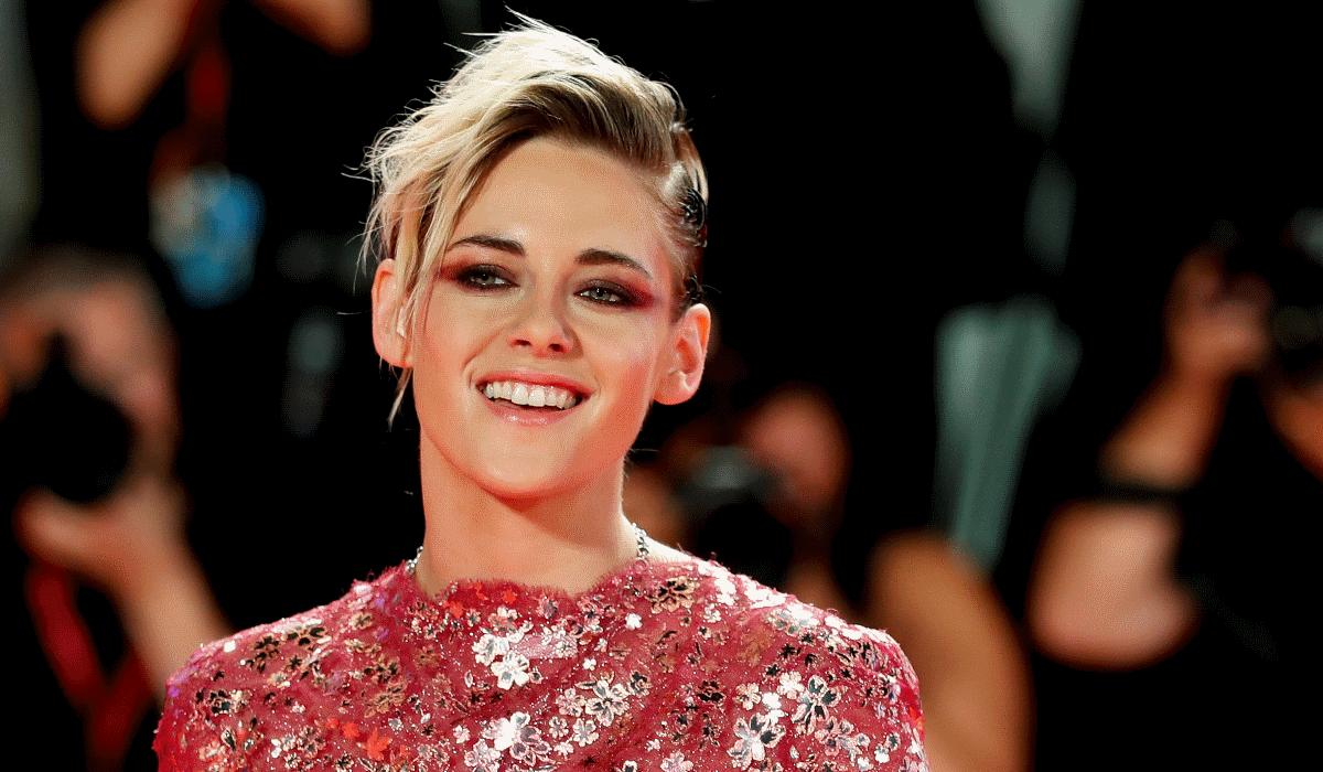 Kristen Stewart aconselhada a esconder sexualidade para poder fazer filme da Marvel