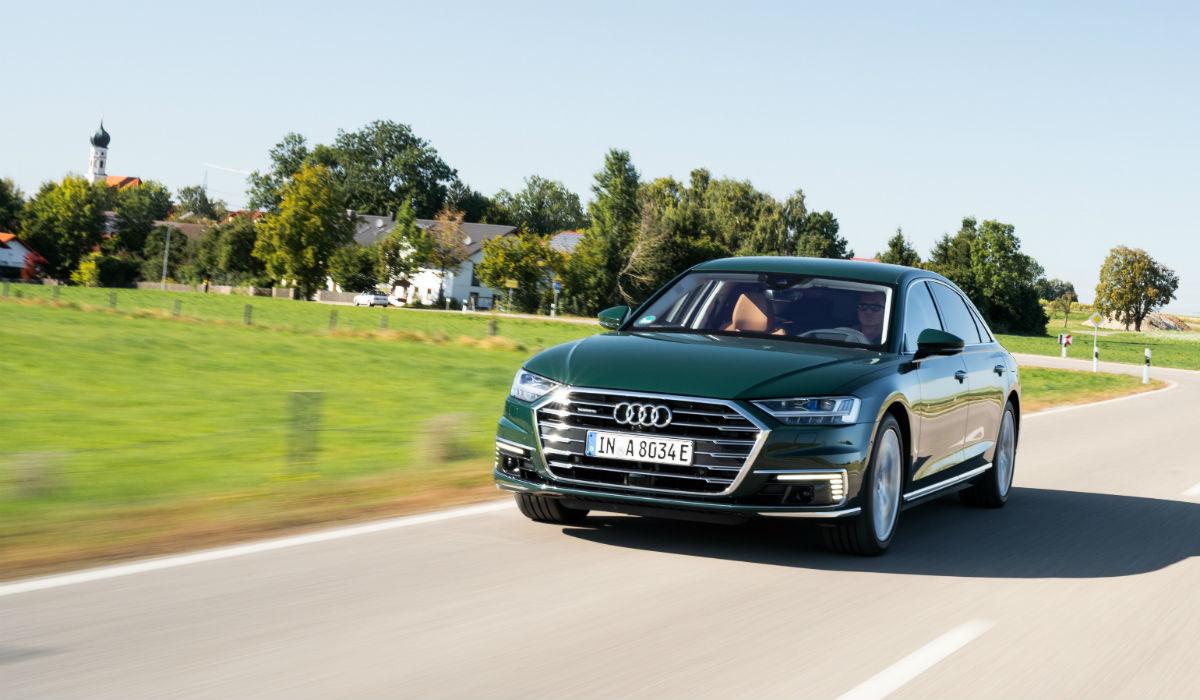 Audi A8 L 60 TFSI e quattro, a versão híbrida plug-in da berlina de luxo