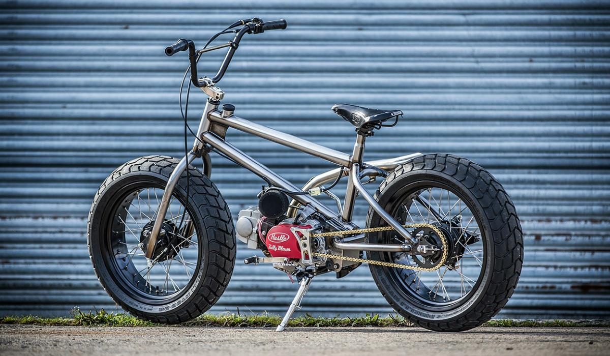 Esta BMX ganha motor e acelera a mais de 100 km/h