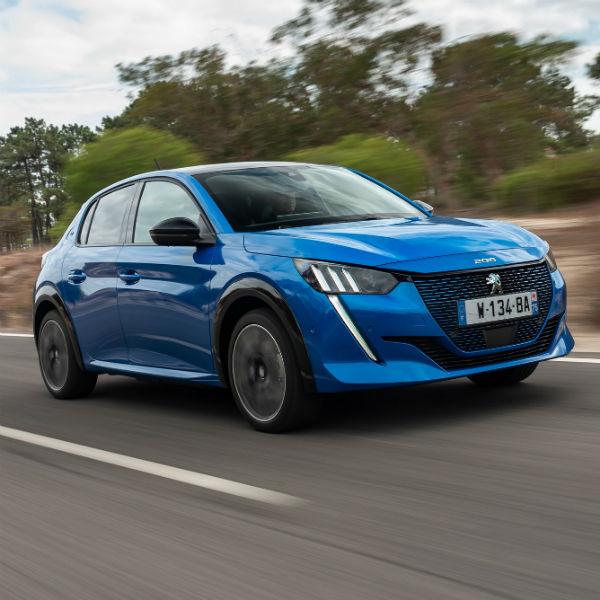 Peugeot anuncia preços do 208 elétrico para o mercado nacional