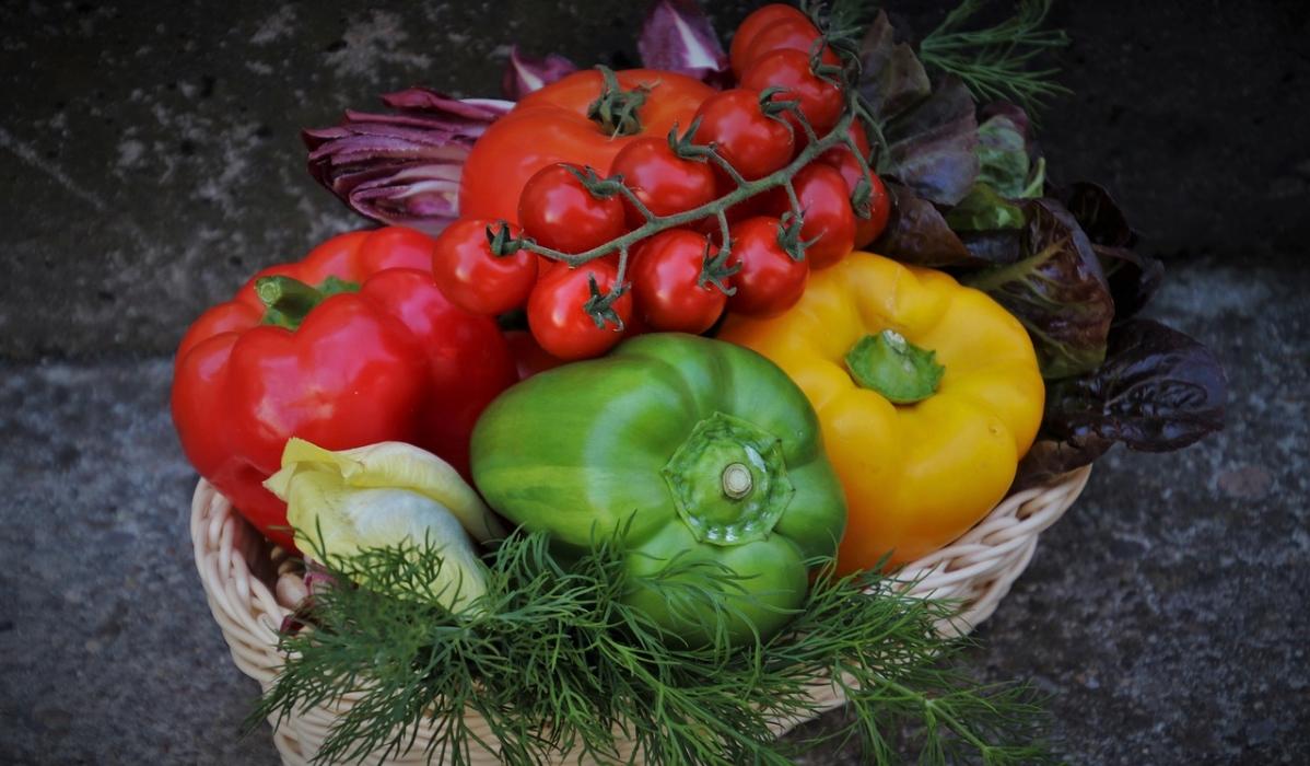 Constipação: 5 alimentos que ajudam a combatê-la