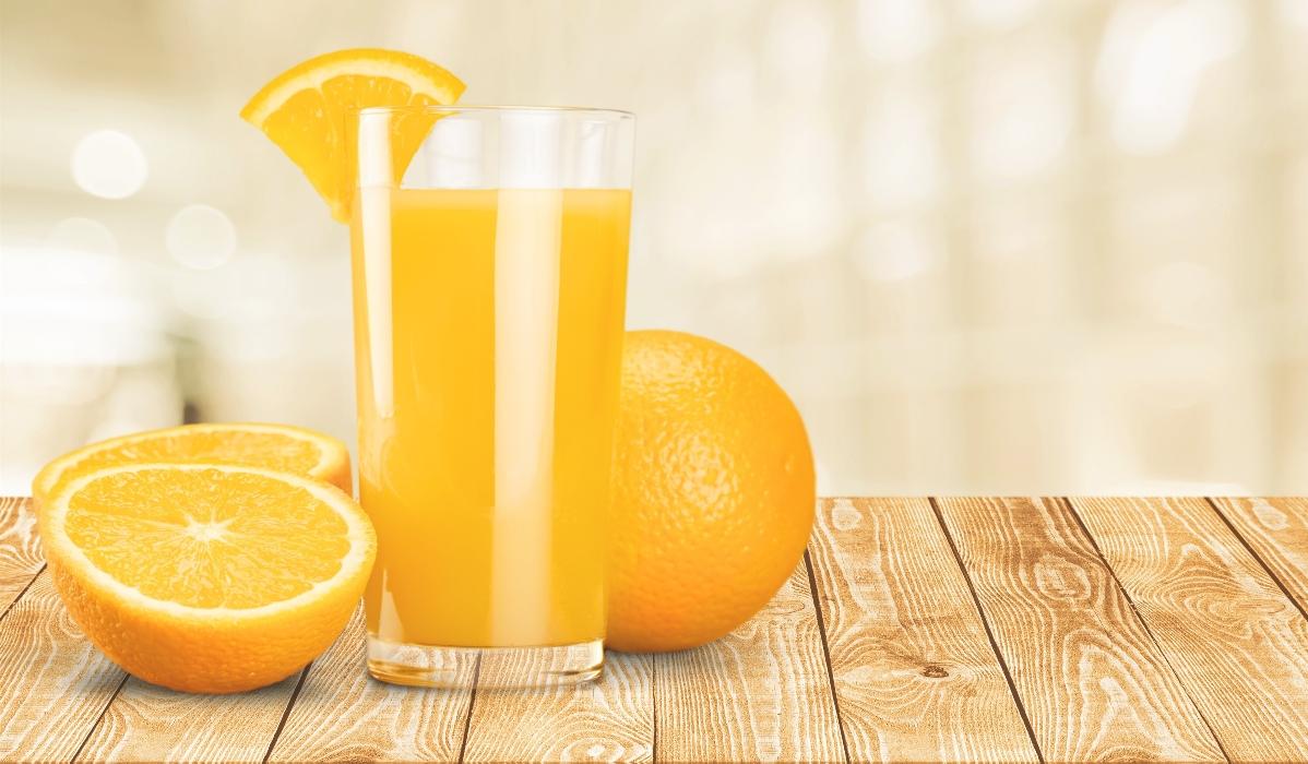 Sumo de laranja pode não ser tão saudável quanto esperaria