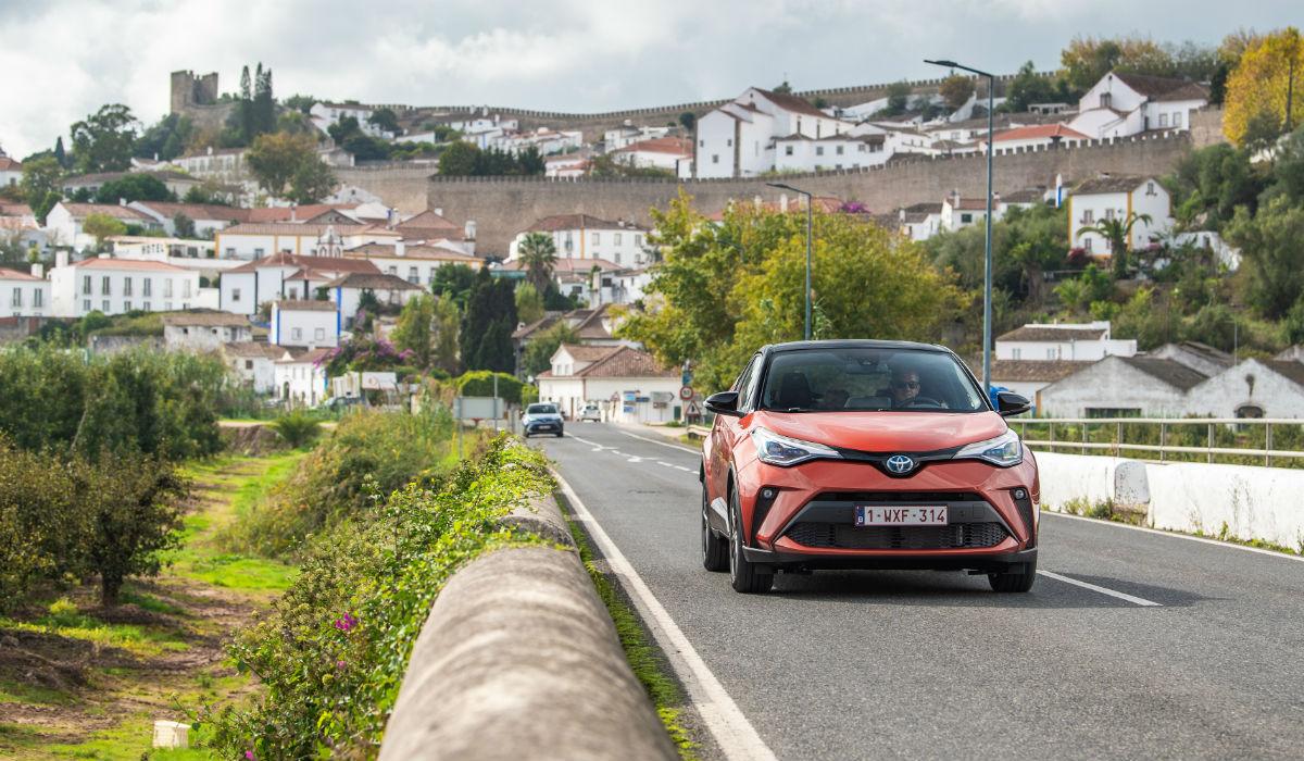 Toyota atualiza crossover C-HR e divulga preços para Portugal