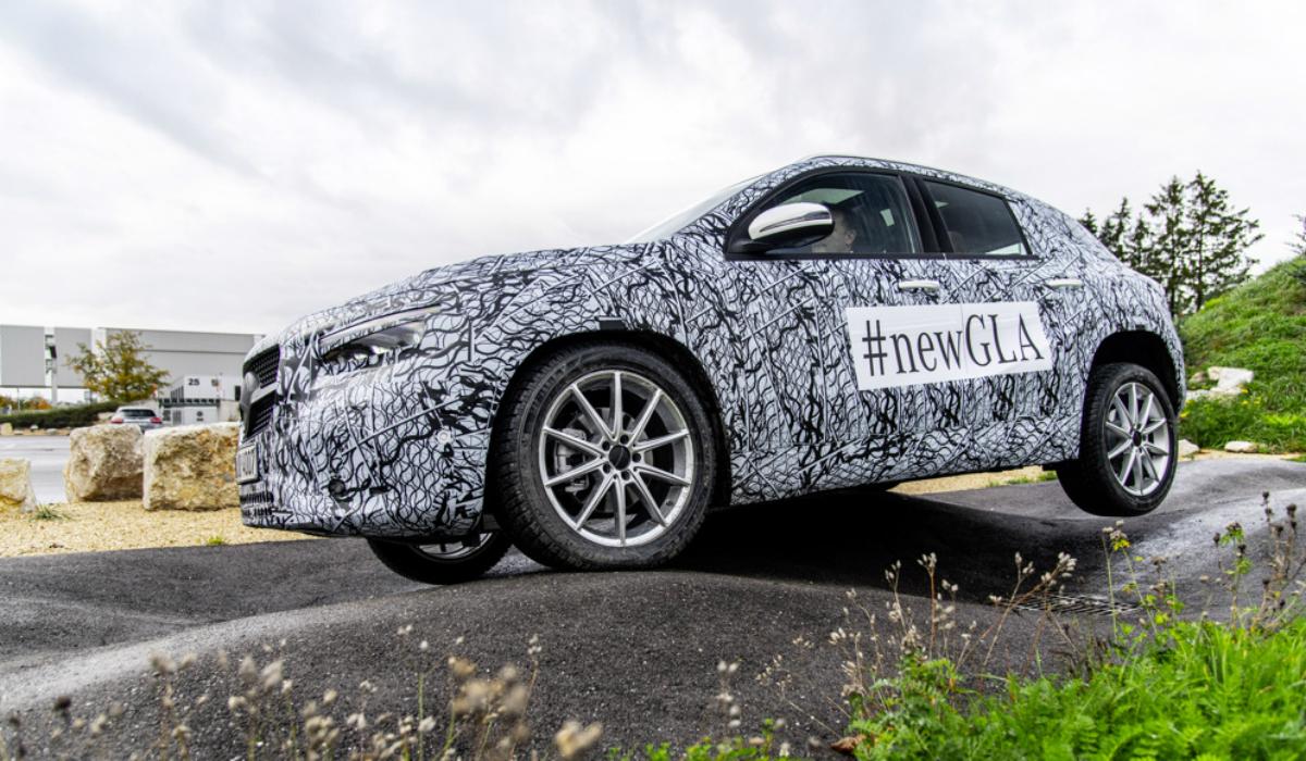 Novo Mercedes-Benz GLA já tem data de lançamento