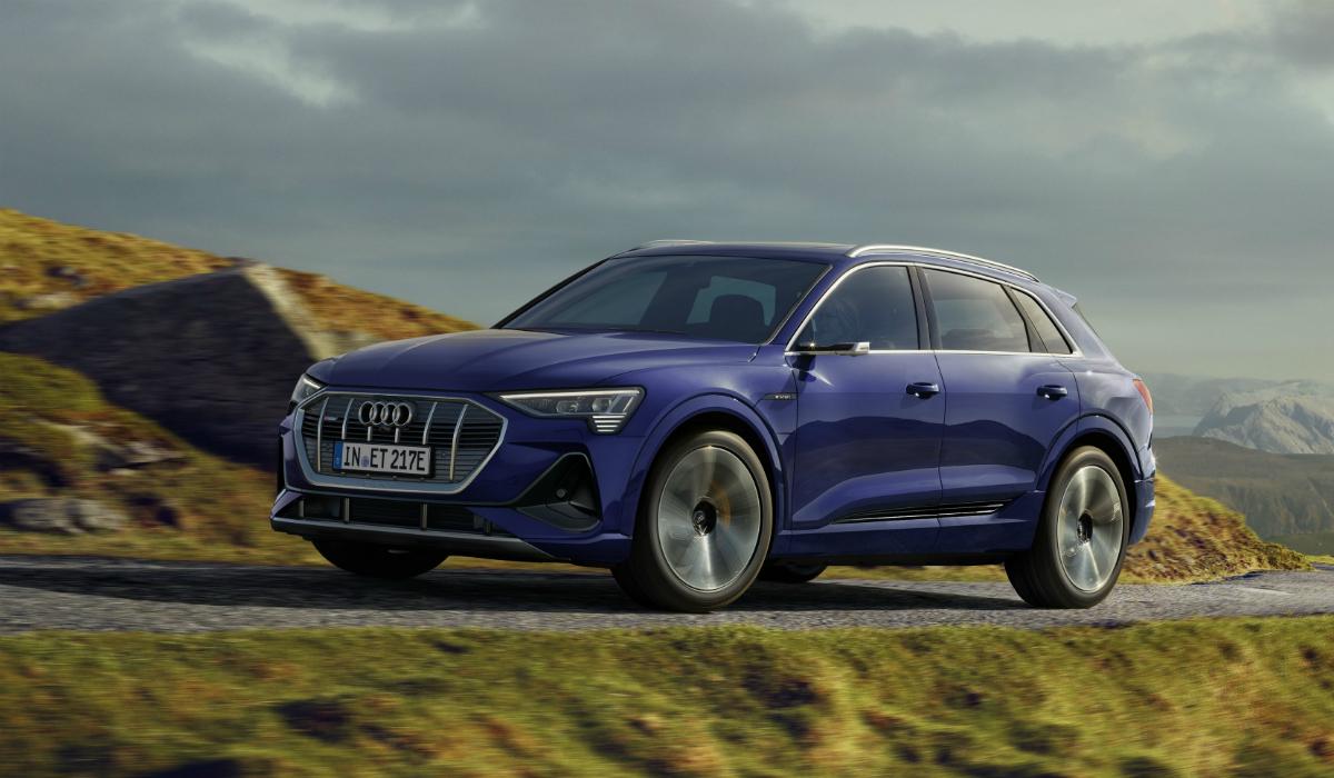 Elétrico Audi e-tron quattro é atualizado e ganha autonomia