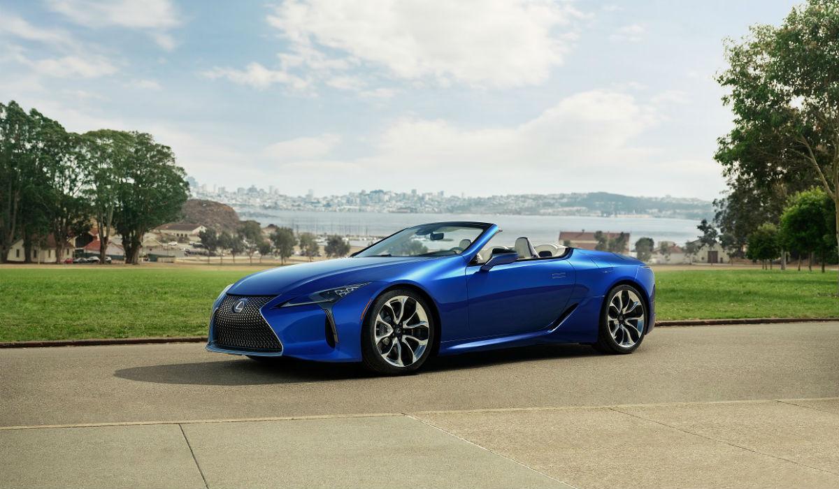 Lexus apresenta LC 500 em inédita versão descapotável