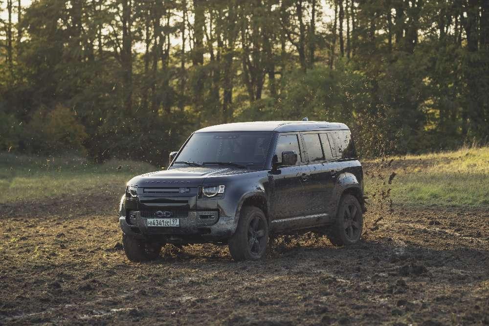 Novo Land Rover Defender vai ser estrela no próximo filme de James Bond