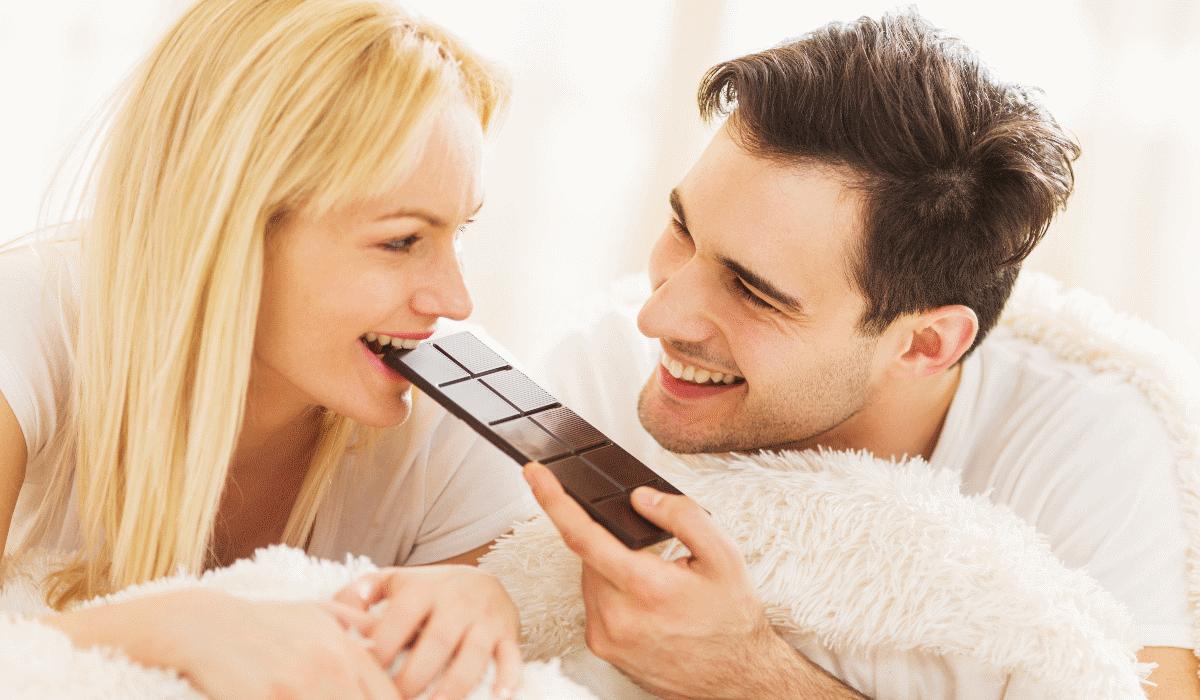 Descubra as semelhanças entre comer chocolate negro e consumir canábis