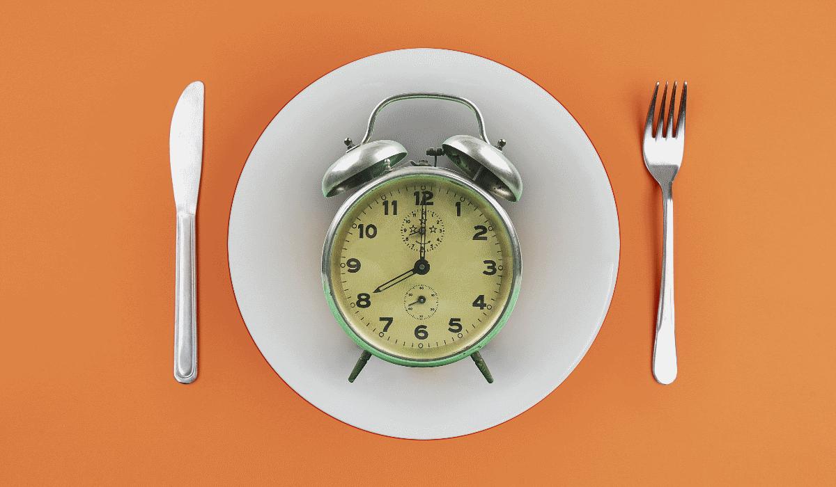 Estas são as horas a que deve comer todas as refeições para emagrecer