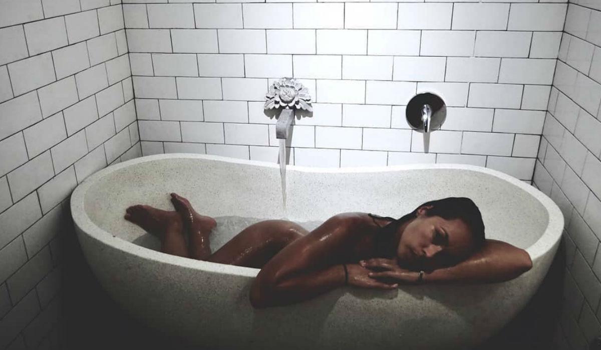 Débora Monteiro e a verdade por detrás das fotos sensuais que inundam o Instagram
