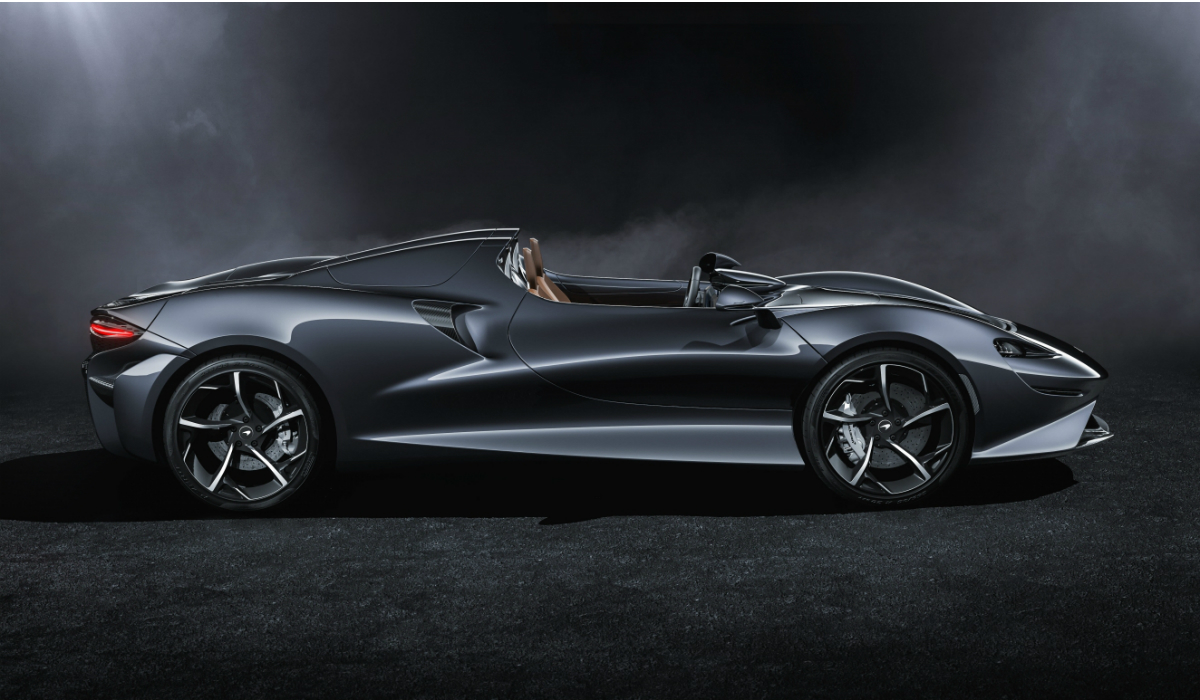 McLaren Elva, o roadster sem para-brisas que tem mais de 800 cavalos