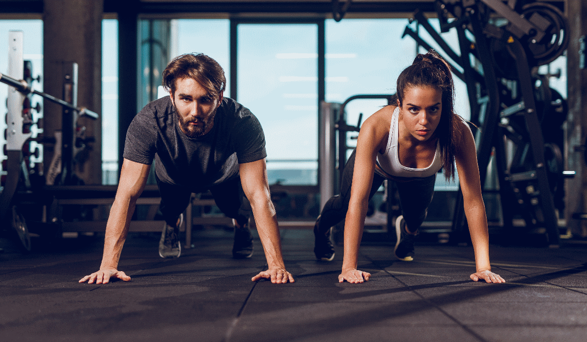 Pessoas que dizem asneiras no ginásio são aquelas que treinam melhor