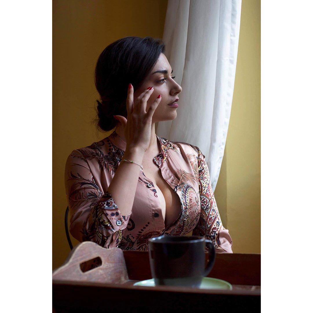 Liliana Fiorelli, a atriz que dá que falar a imitar Georgina Rodríguez