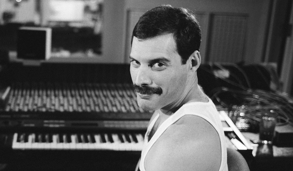 Freddie Mercury envia presentes de Natal aos amigos até aos dias de hoje
