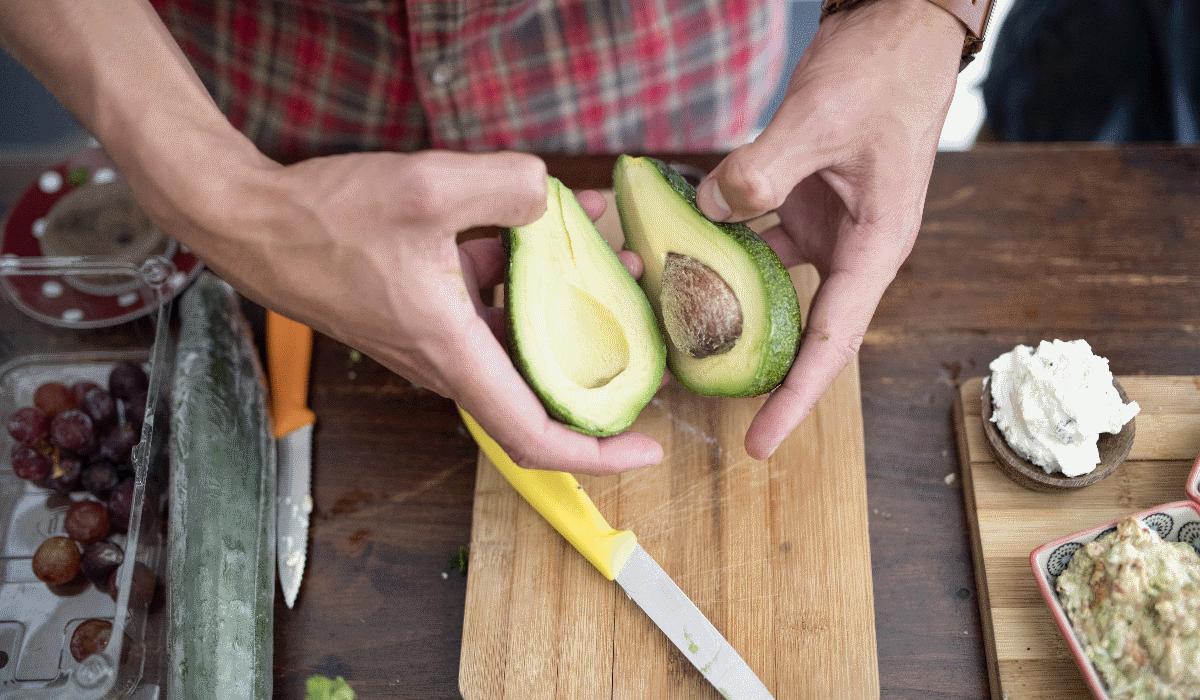 Abacate, amigo ou vilão de uma alimentação saudável?