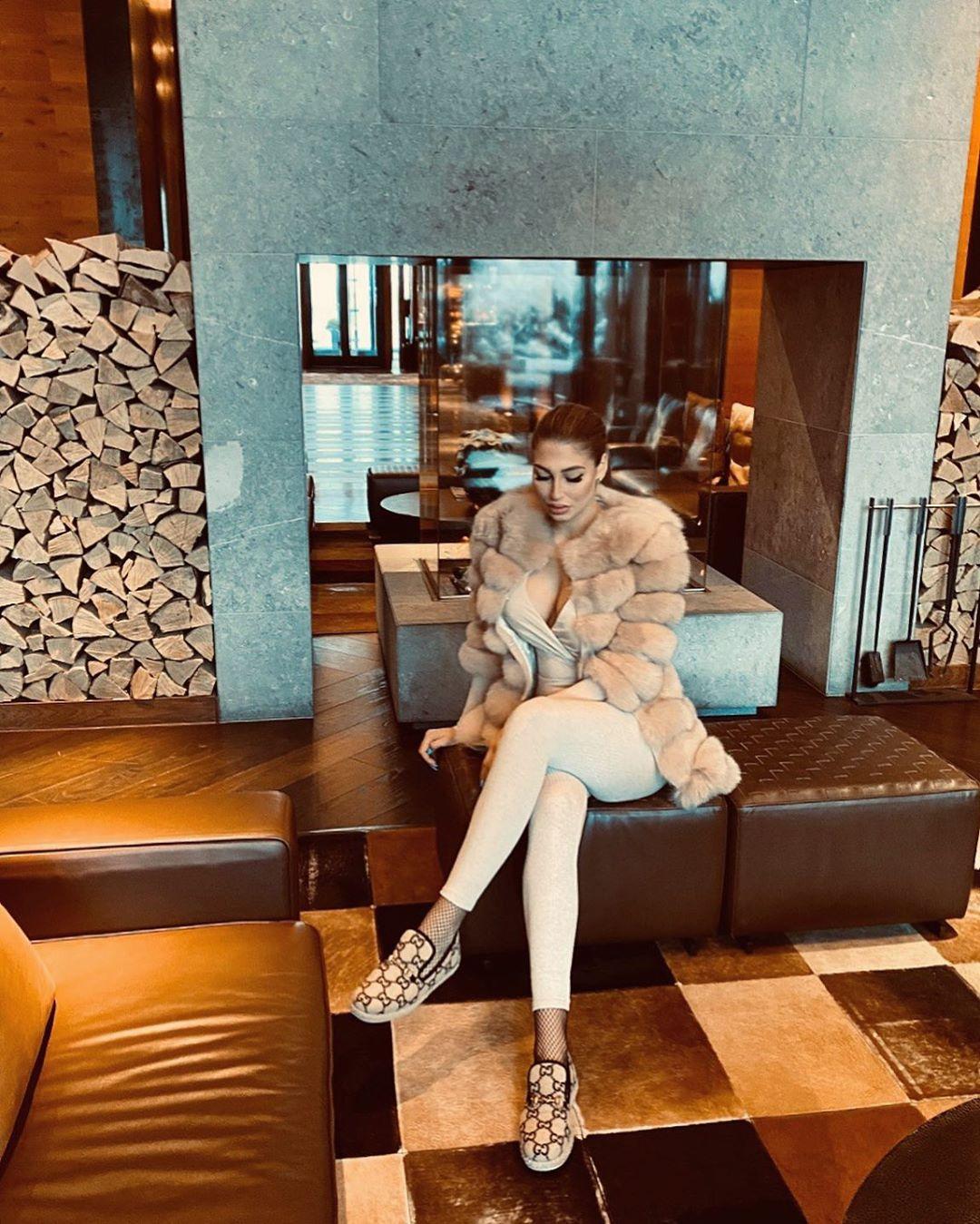 Barbora, a mulher que odeia a Juventus de Cristiano Ronaldo e que não consegue estar descansada na neve
