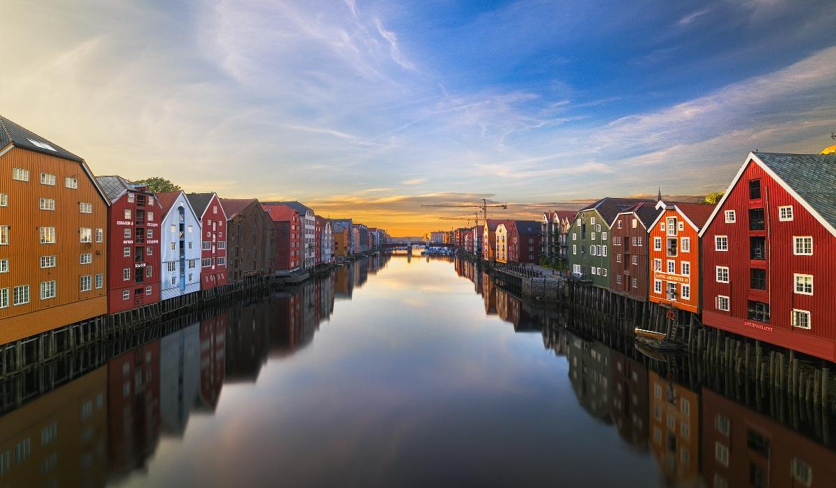 Há canais, memórias da Era Viking e muitas atrações culturais para explorar em Trondheim