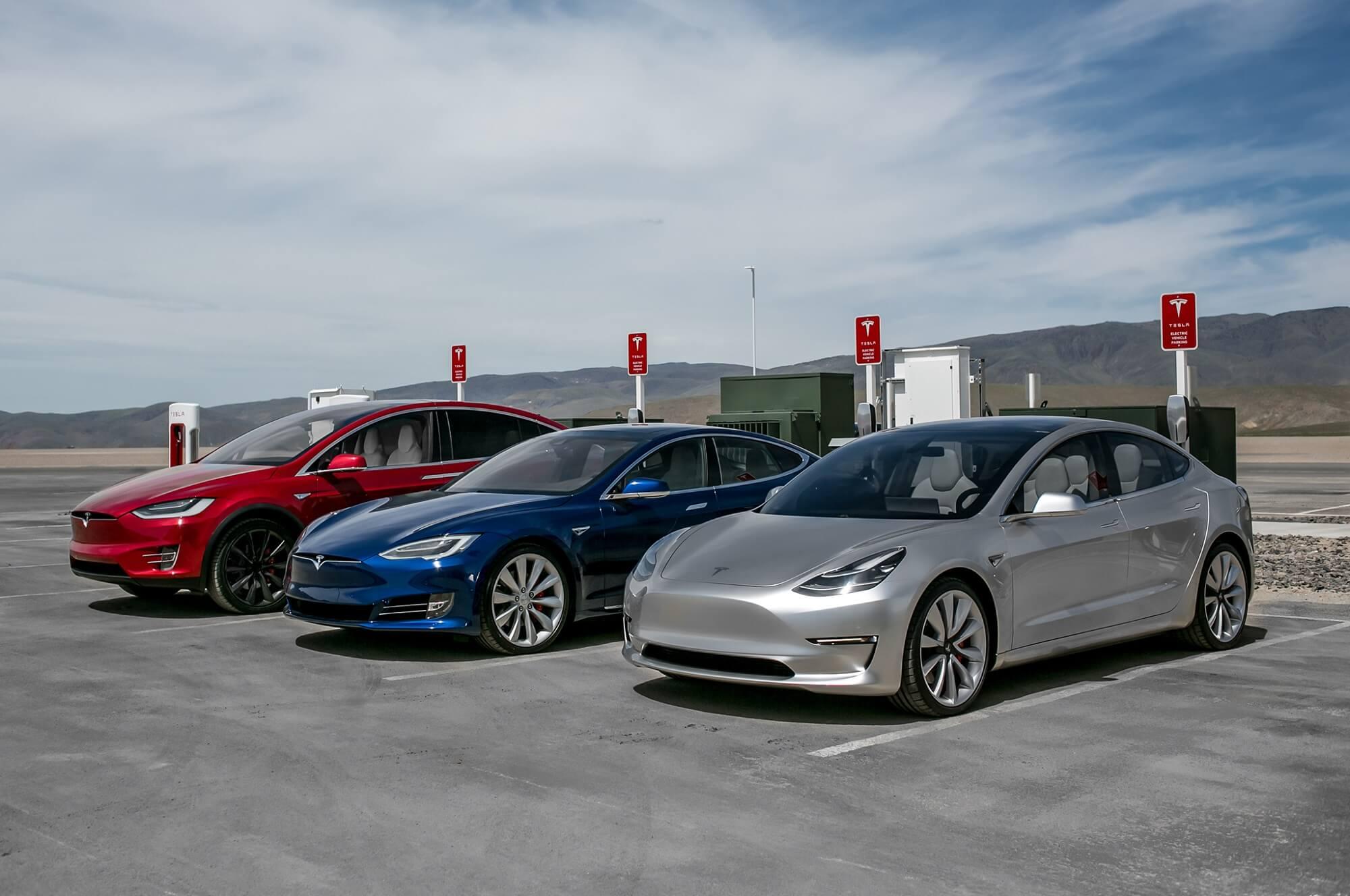 Tesla supera Honda e Seat bate Volkswagen no mercado português