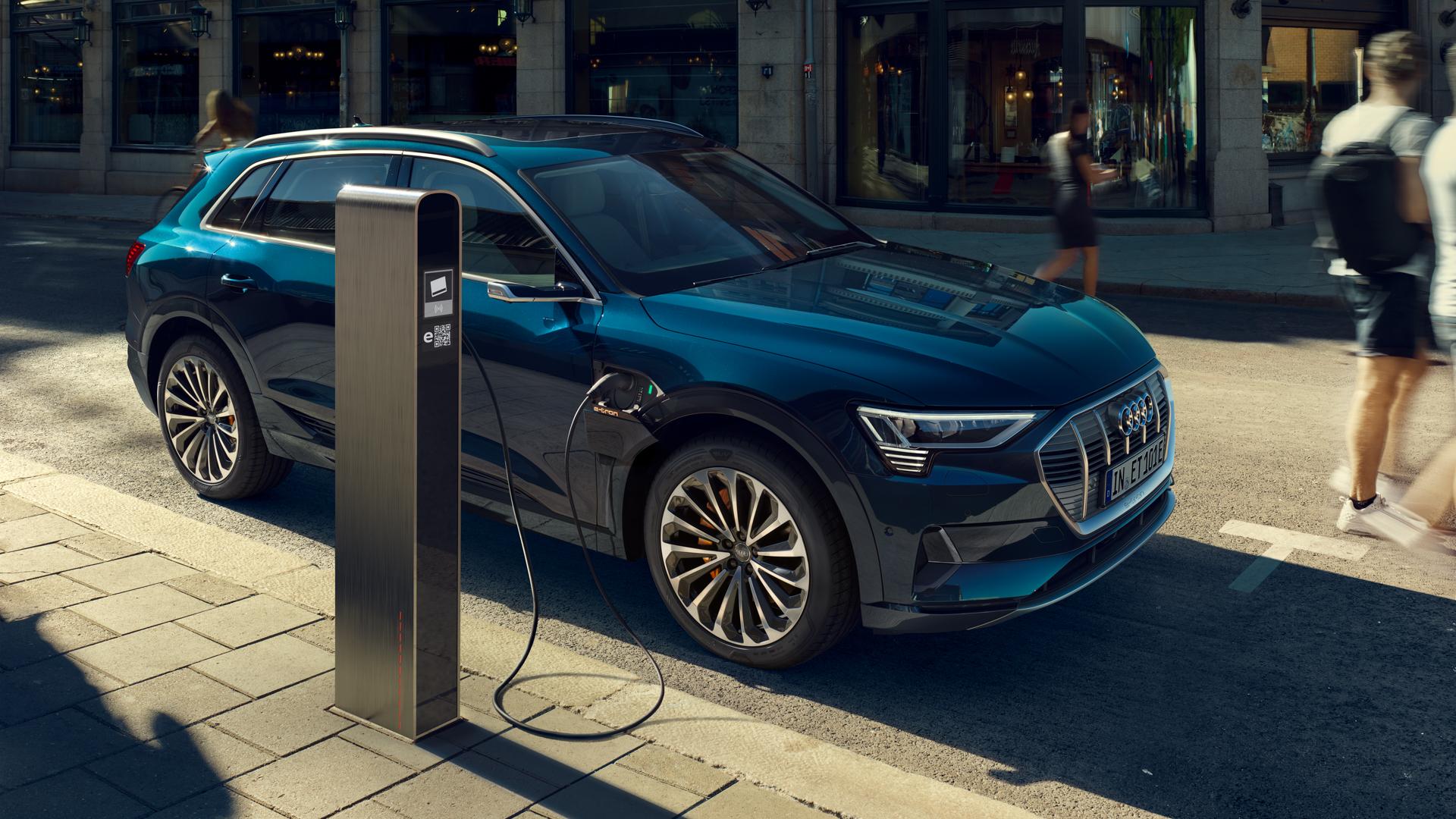 Os 20 carros elétricos e híbridos plug-in mais vendidos da Europa