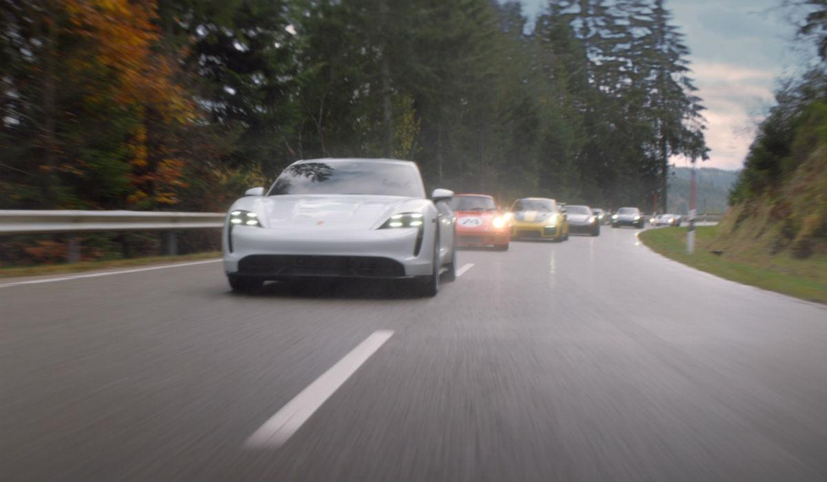 Porsche regressa ao Super Bowl com anúncio ao novo Taycan